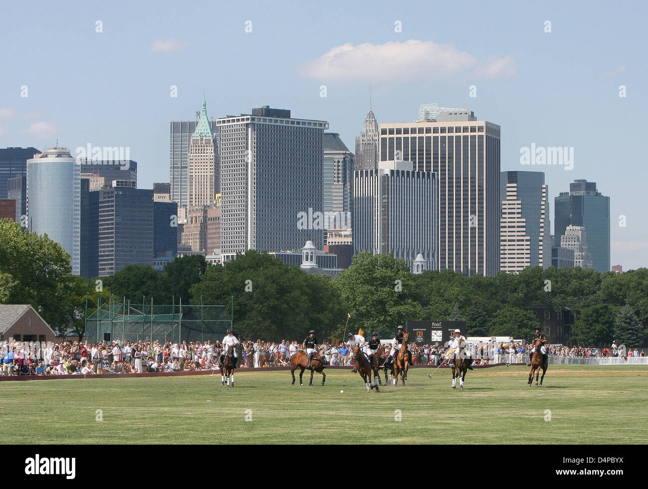 The picture shows the Manhattan Polo Classic match on Governors Island in New York, USA, 30 May 2009. The Manhattan Stock Photo