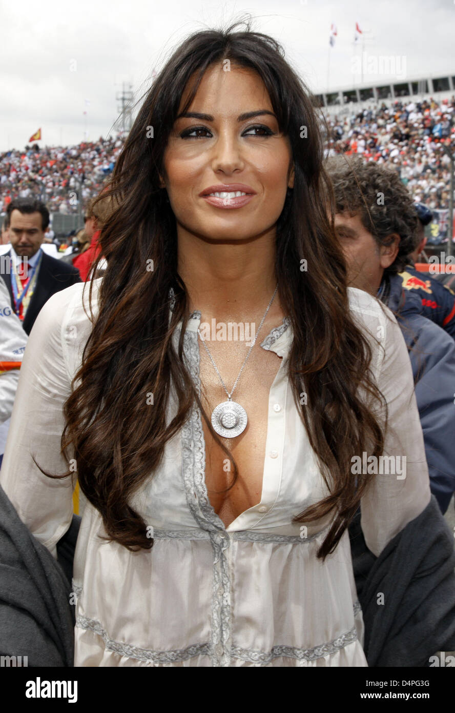 Young Elisabetta Gregoraci nude photos 2019