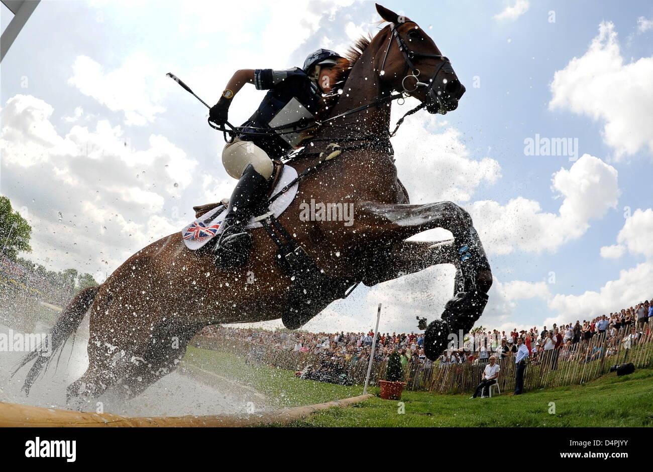 British eventing equestrian Lucy Wiegersma and her horse ?Inigo Jones? come through at the World Equestrian Festival - Stock Image