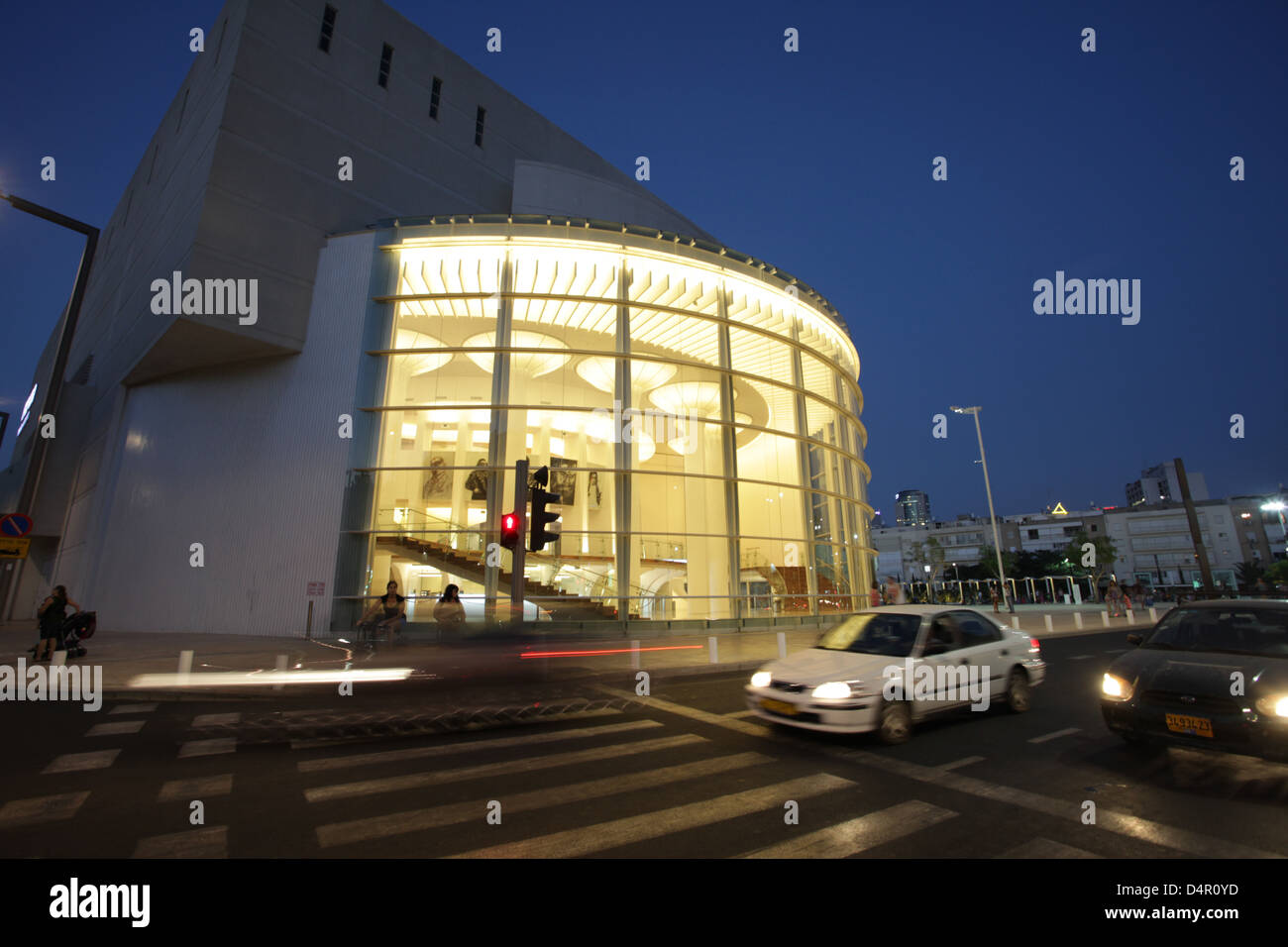 Israel, Tel Aviv The reconstructed building of Habimah, Israel's National Theatre at night (October 2012) - Stock Image