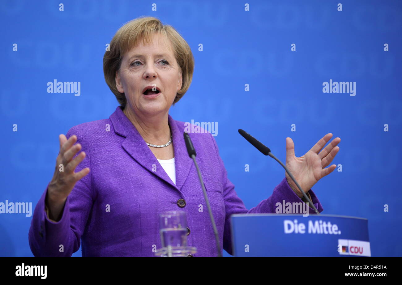 Angela Merkel, chairwoman of CDU (Christian Democratic Union) and German Chancellor, gives a press conference at ?Konrad-Adenauer-Haus? in Berlin, Germany, 28 September 2009. Angela Merkel said 28 September coalition negotiations with the Free Democrats (FDP) would get under way in the coming week. Merkel met senior party members and was expected to meet Guido Westerwelle of the FD Stock Photo