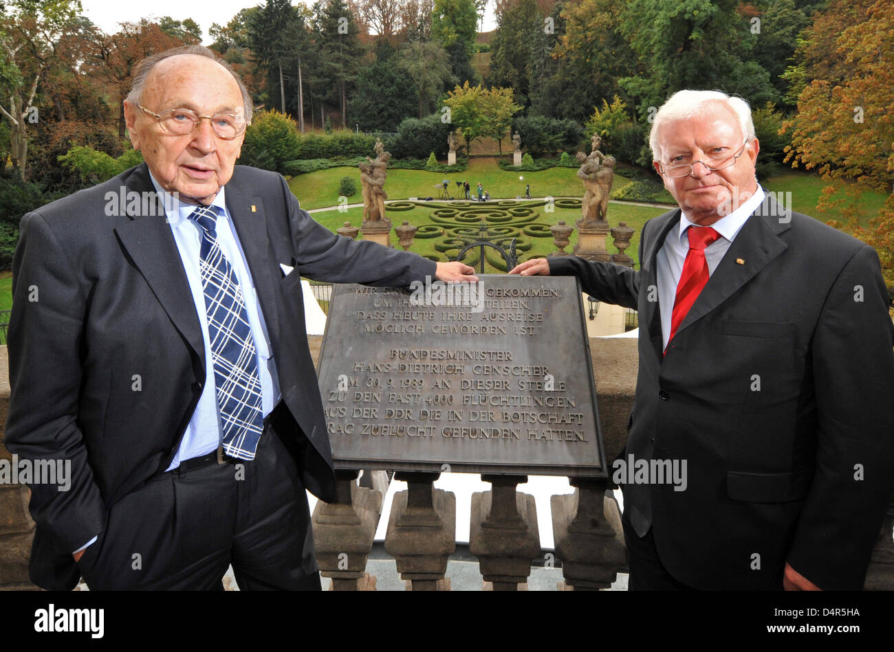 Former German Foreign Minister Hans-Dietrich Genscher and former German Chancellery Minister Rudolf Seiters stand - Stock Image