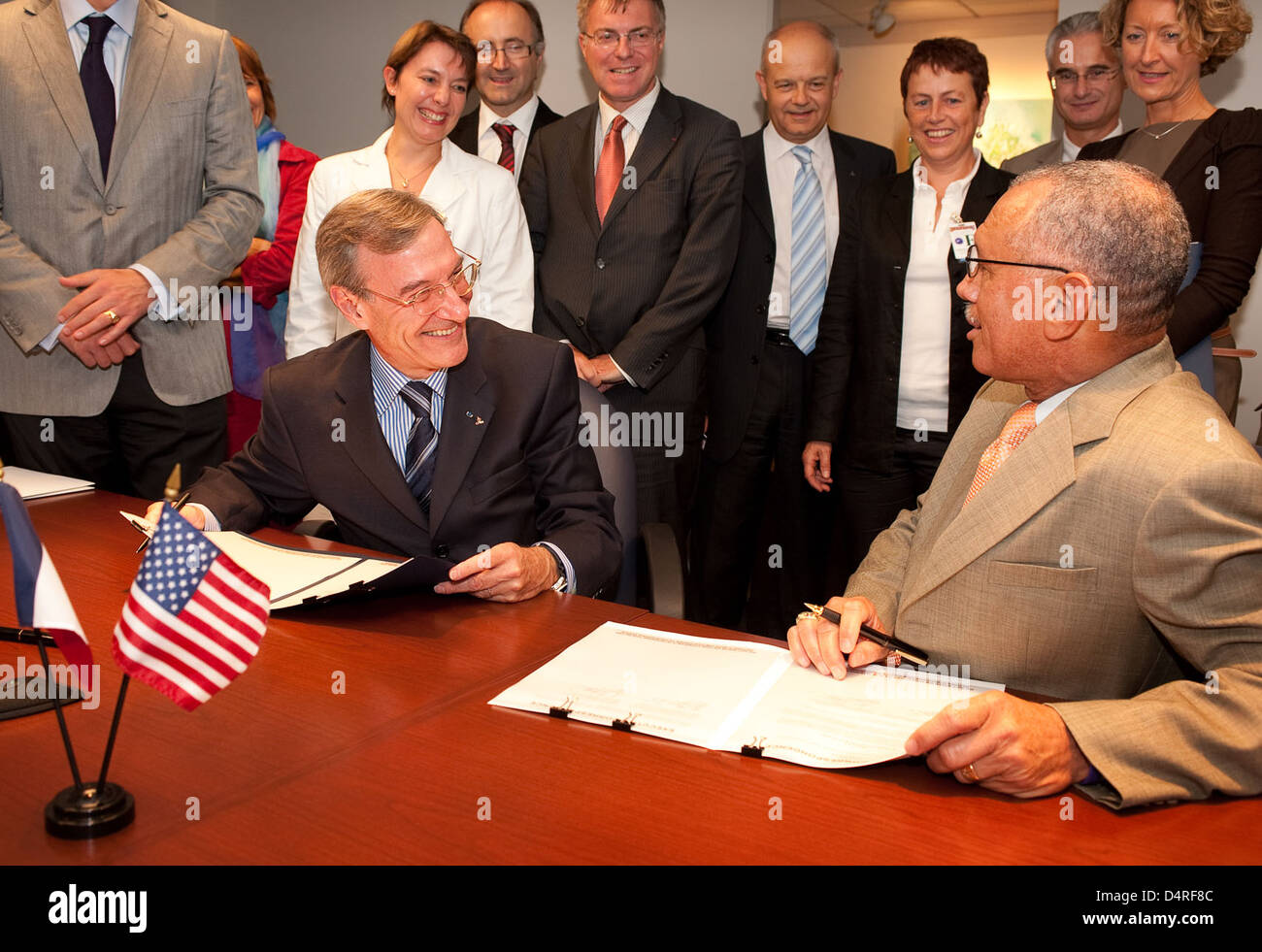 CNES and NASA Agreements Signed (200909170002HQ) - Stock Image
