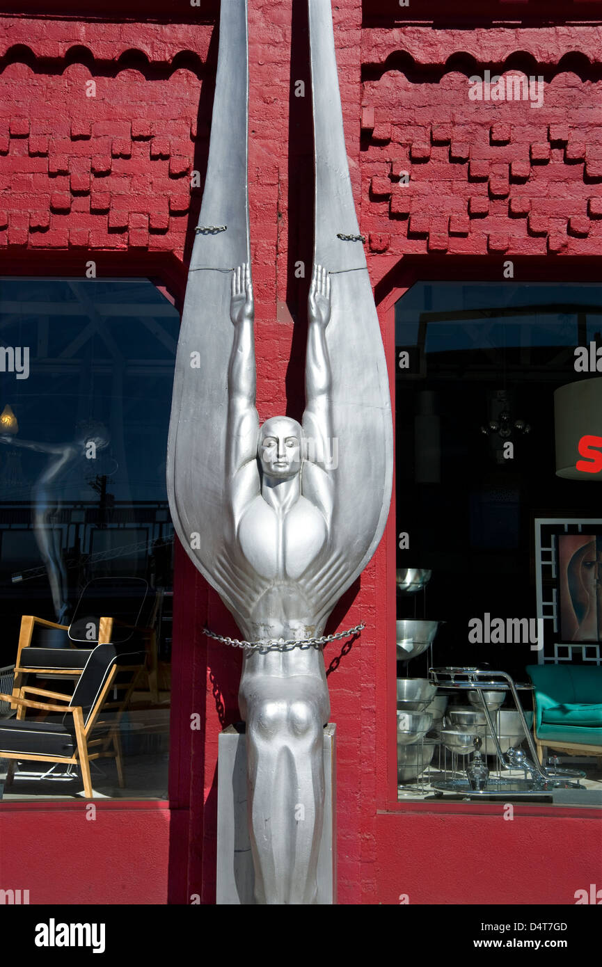 Art Deco sculpture outside antique shop on Beverly Blvd. in Los Angeles - Stock Image