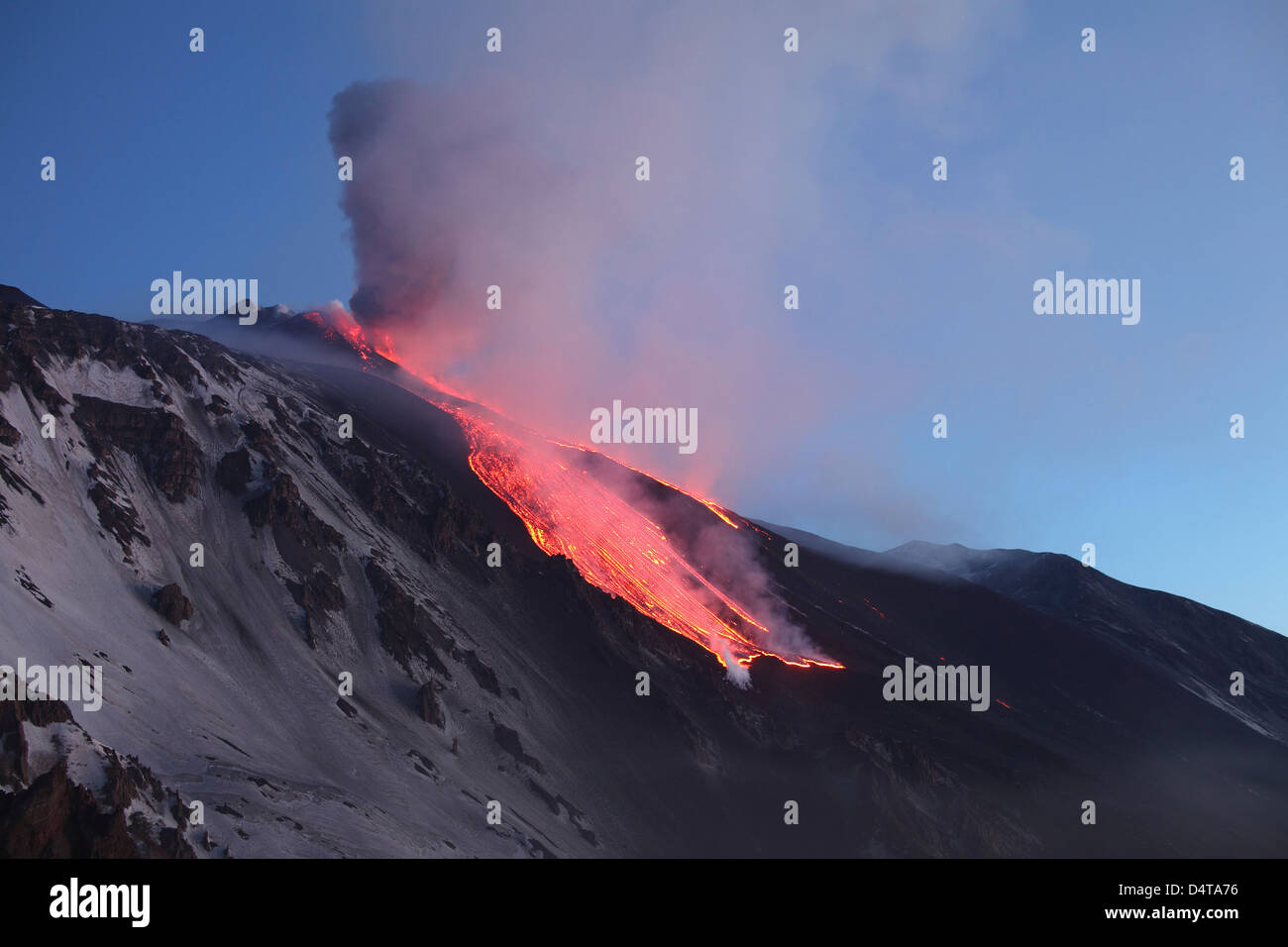 April 1, 2012 - Lava flowing into Valle del Bove at Mount Etna Volcano, Italy, following paroxysmal eruption. - Stock Image