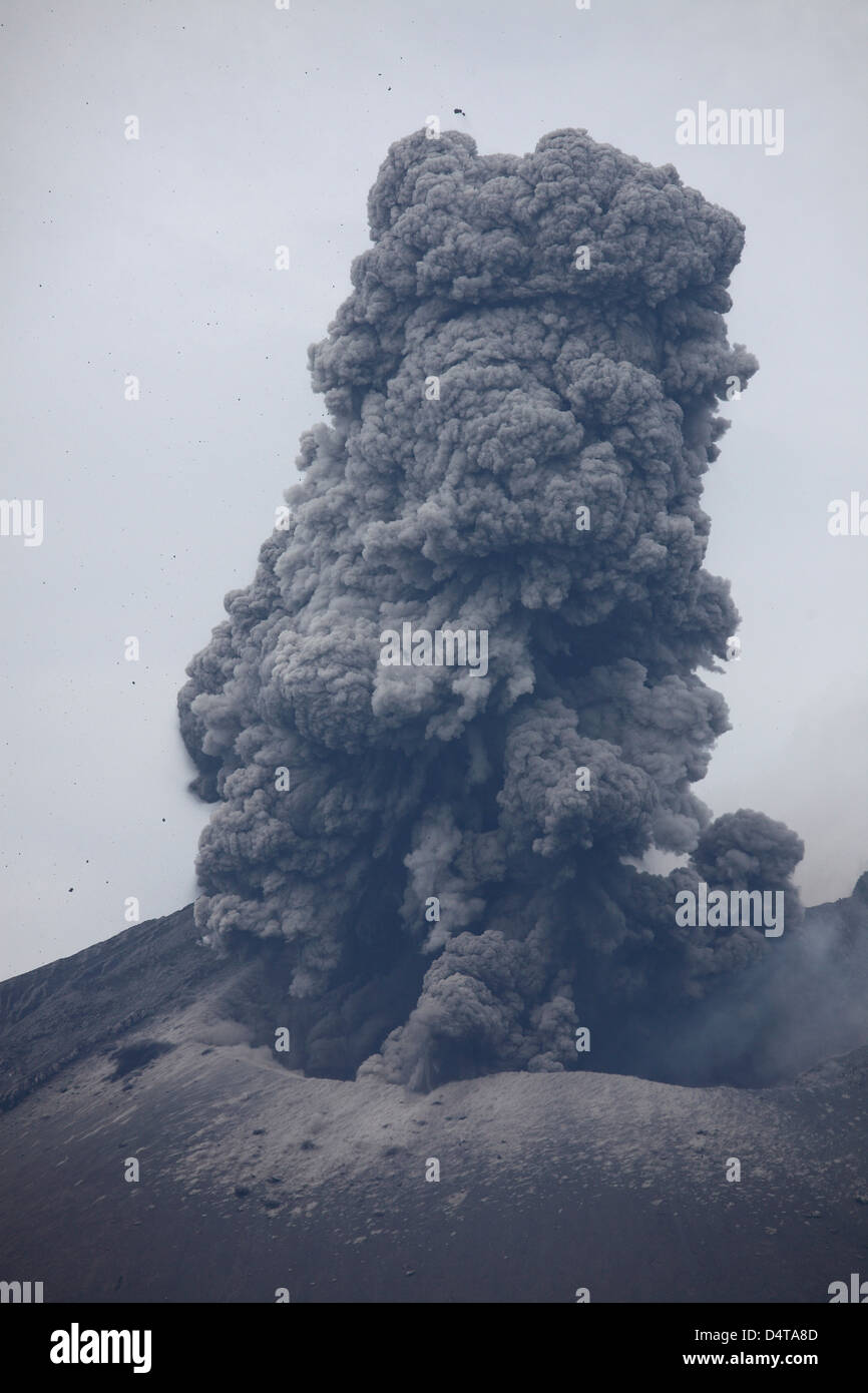 April 10, 2012 - Sakurajima volcano erupting. Ash cloud rising after vulcanian eruption of Japans most active volcano. - Stock Image