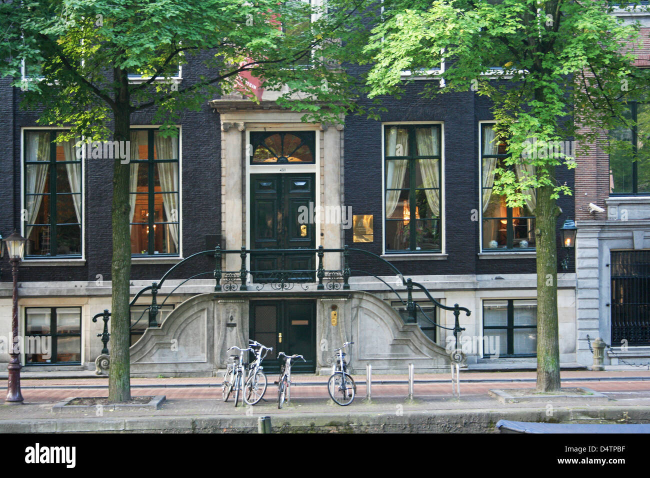 The Netherlands Holland Amsterdam Herengracht 480 Canal District Construction year 1670 Type of facade cornice - Stock Image