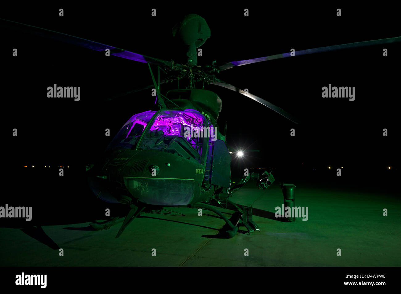 An OH-58D Kiowa helicopter at COB Speicher, Tikrit, Iraq, during Operation Iraqi Freedom. - Stock Image