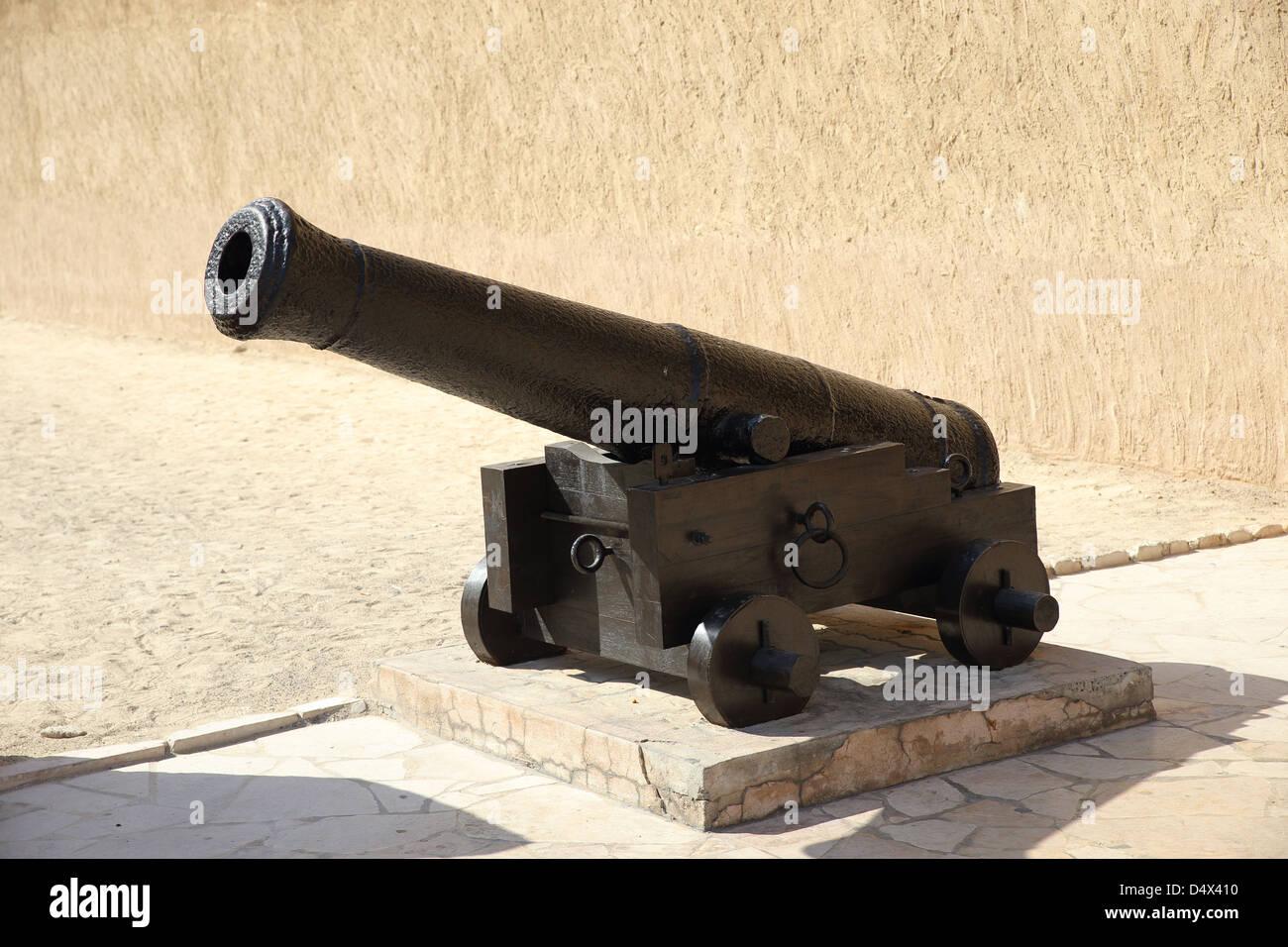 Canon on display at Dubai Museum, Dubai, United Arab Emirates - Stock Image