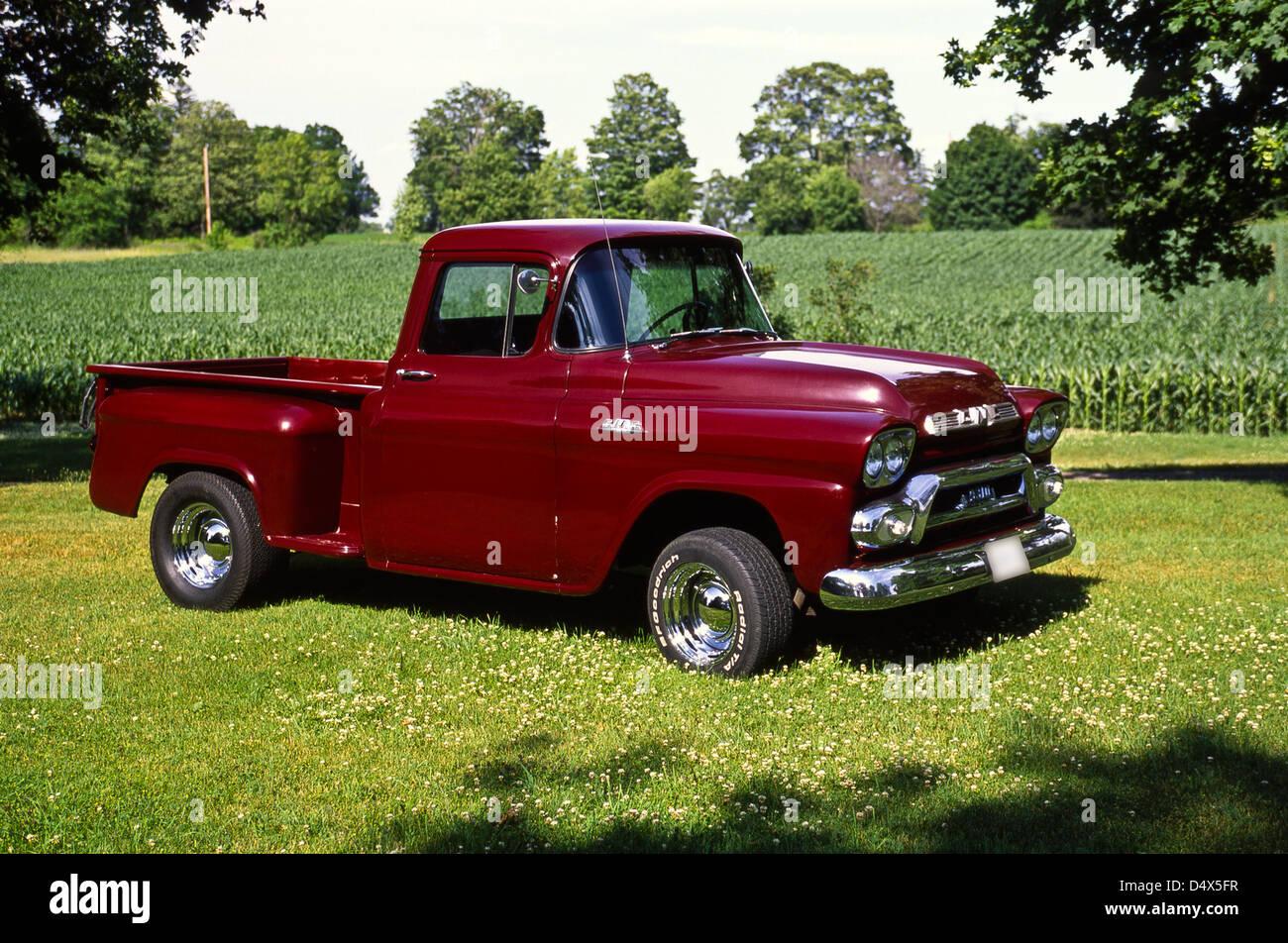 1959 Gmc General Motors Company Model 9310 Pick Up Truck Stock Photo