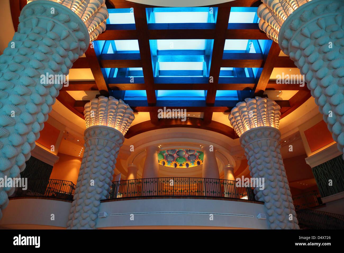 Interior shot of the Atlantis hotel, Dubai, United Arab Emirates - Stock Image