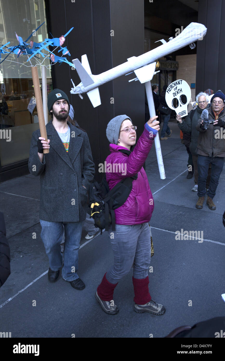 Americans demonstrate against L3 Communications, maker of Drone technology on 3rd ave. in NYC on the 10th anniversary - Stock Image