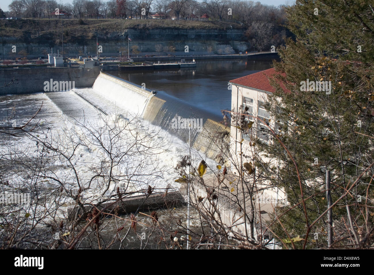 Ford Dam on the Mississippi River supplied power to the 2011 closed Ford Twin Cities Assembly Plant. St Paul Minnesota - Stock Image