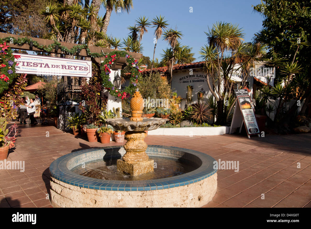 fountain in front of the mexican Restaurant Fiesta de Reyes, Old Town State Park, San Diego, California, - Stock Image