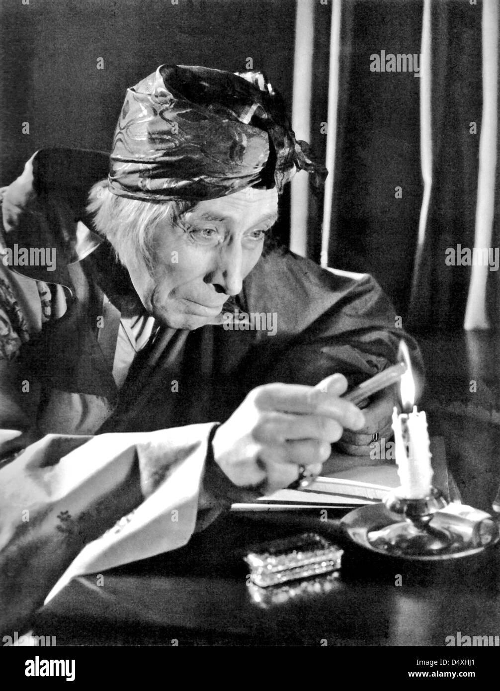 voltaire-1943-warner-bros-film-with-geor
