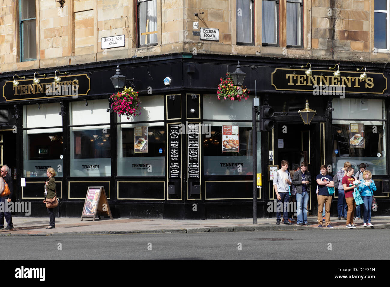 Tennent's Bar, in the West End of Glasgow, Scotland, UK - Stock Image