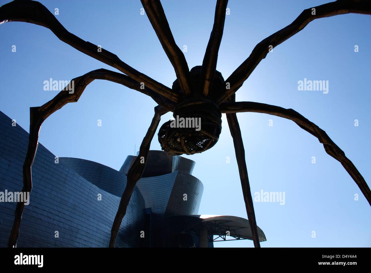 The giant spider 'Mama', the artist Louise Bourgeois. the Guggenheim Museum, Bilbao, Euskadi, Spain - Stock Image