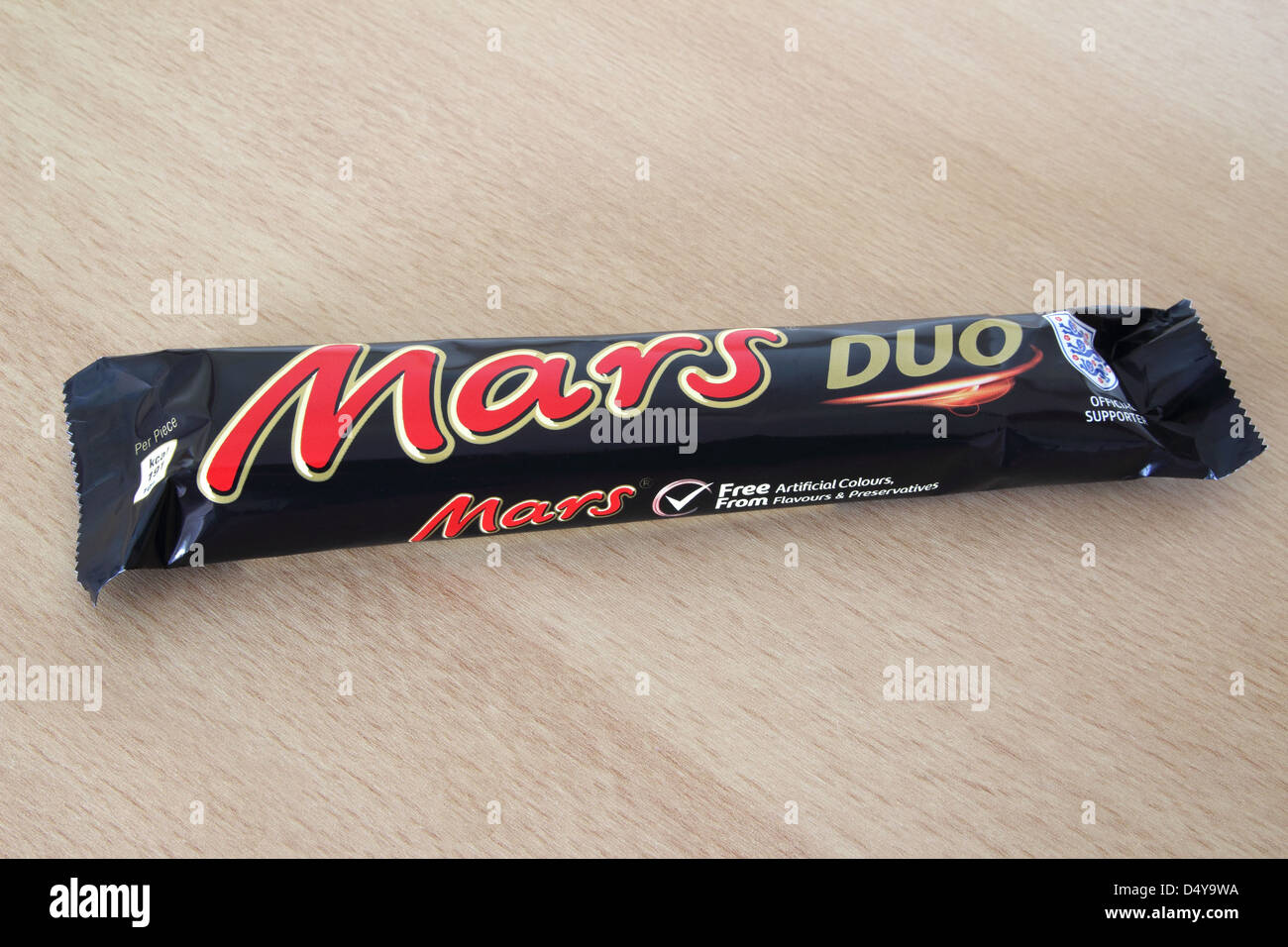 Mars Duo Chocolate Bar on a Wooden Background - Stock Image