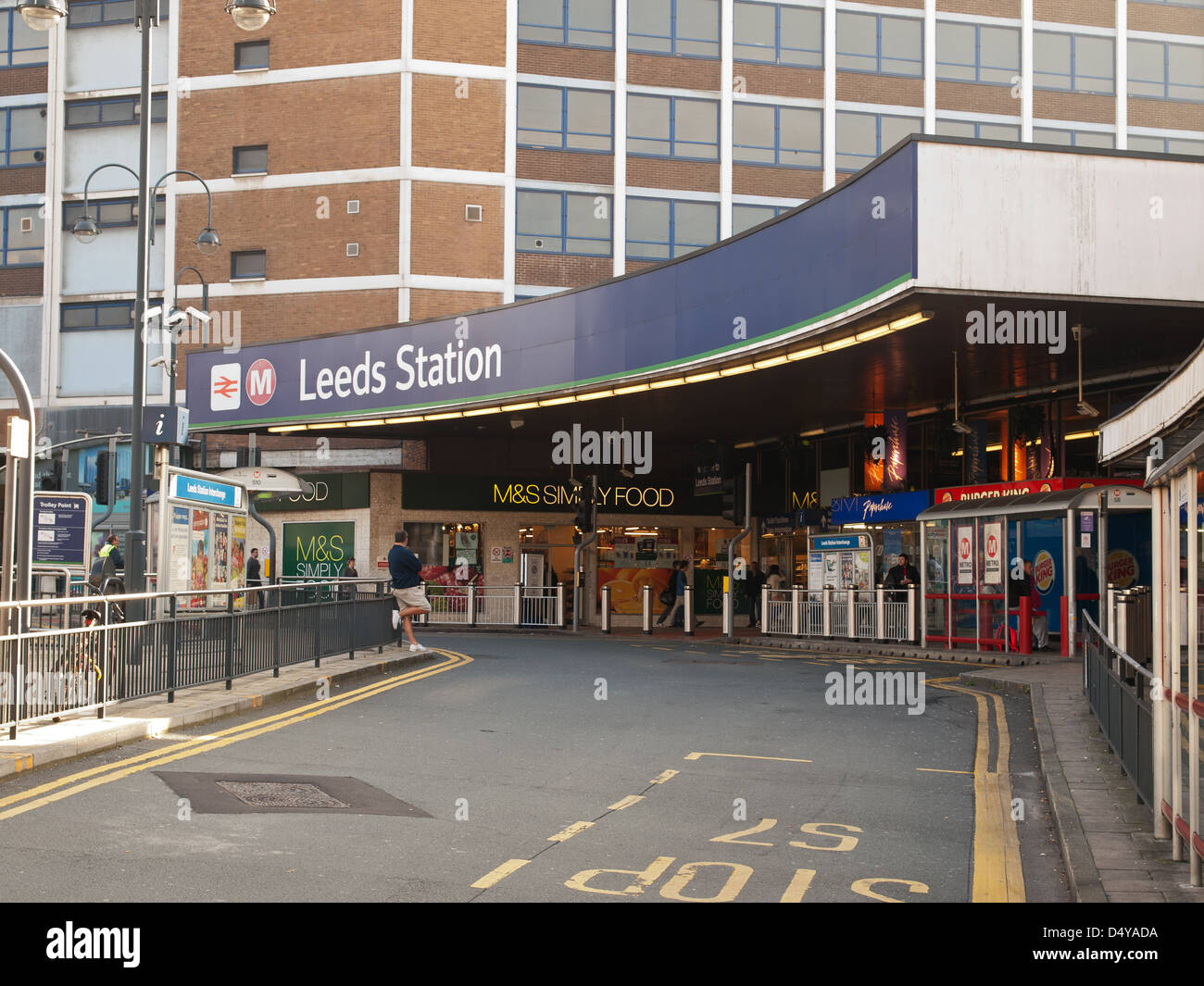 Entrance to Leeds train station Yorkshire England UK Stock Photo