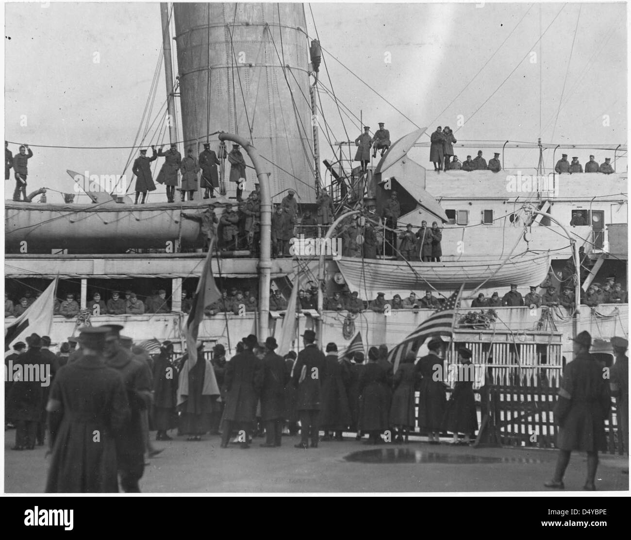 Famous [African American] regiment arrives home on the France. - Stock Image