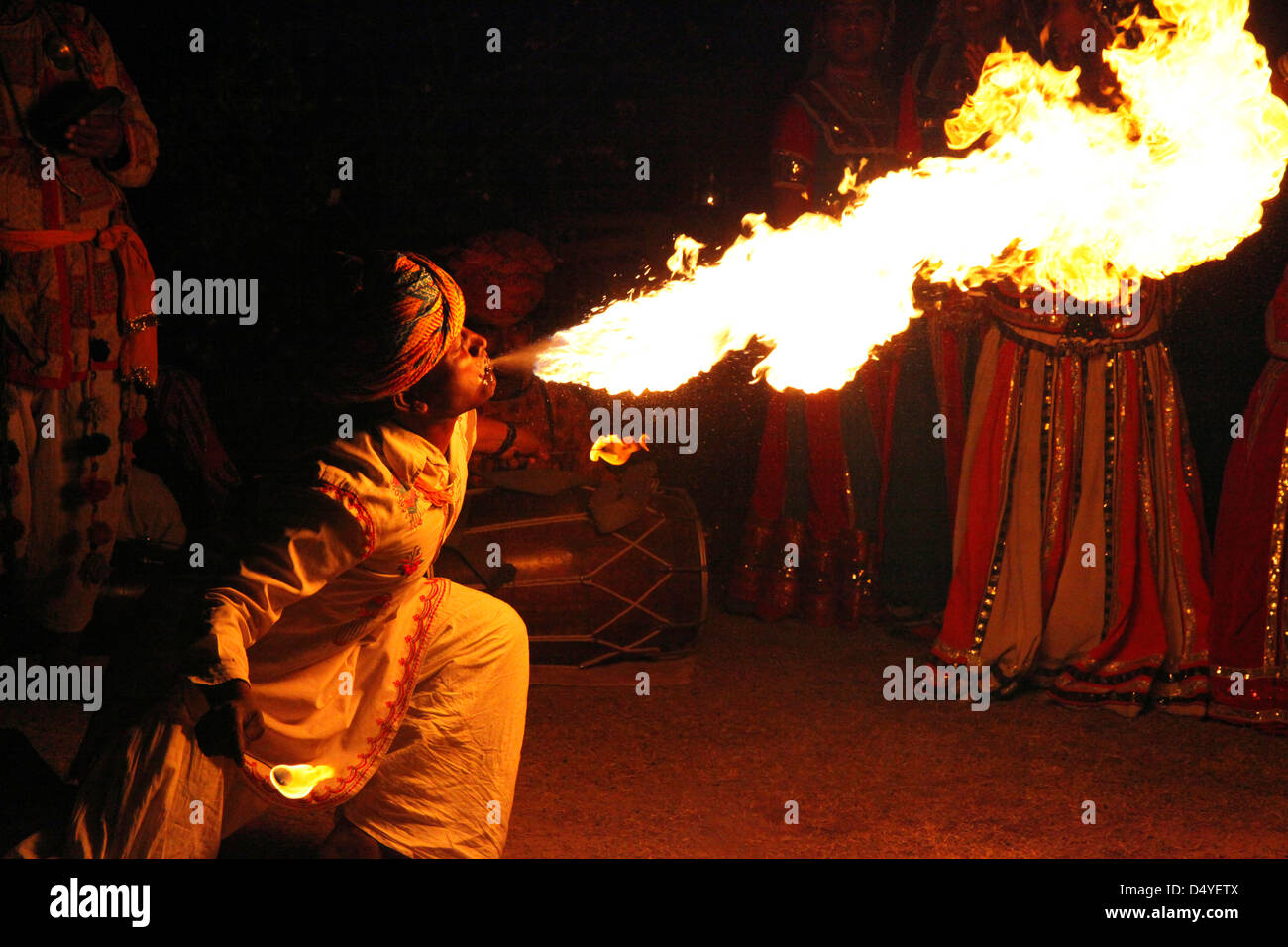 India, Jaipur. Fire Breather at Dera Amer. - Stock Image