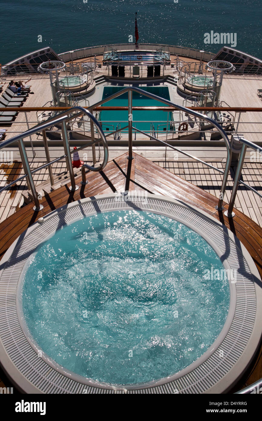 The spa and pool on Cunard's flagship liner, Queen Mary 2, on a visit to Auckland, New Zealand, Monday, March 11, Stock Photo