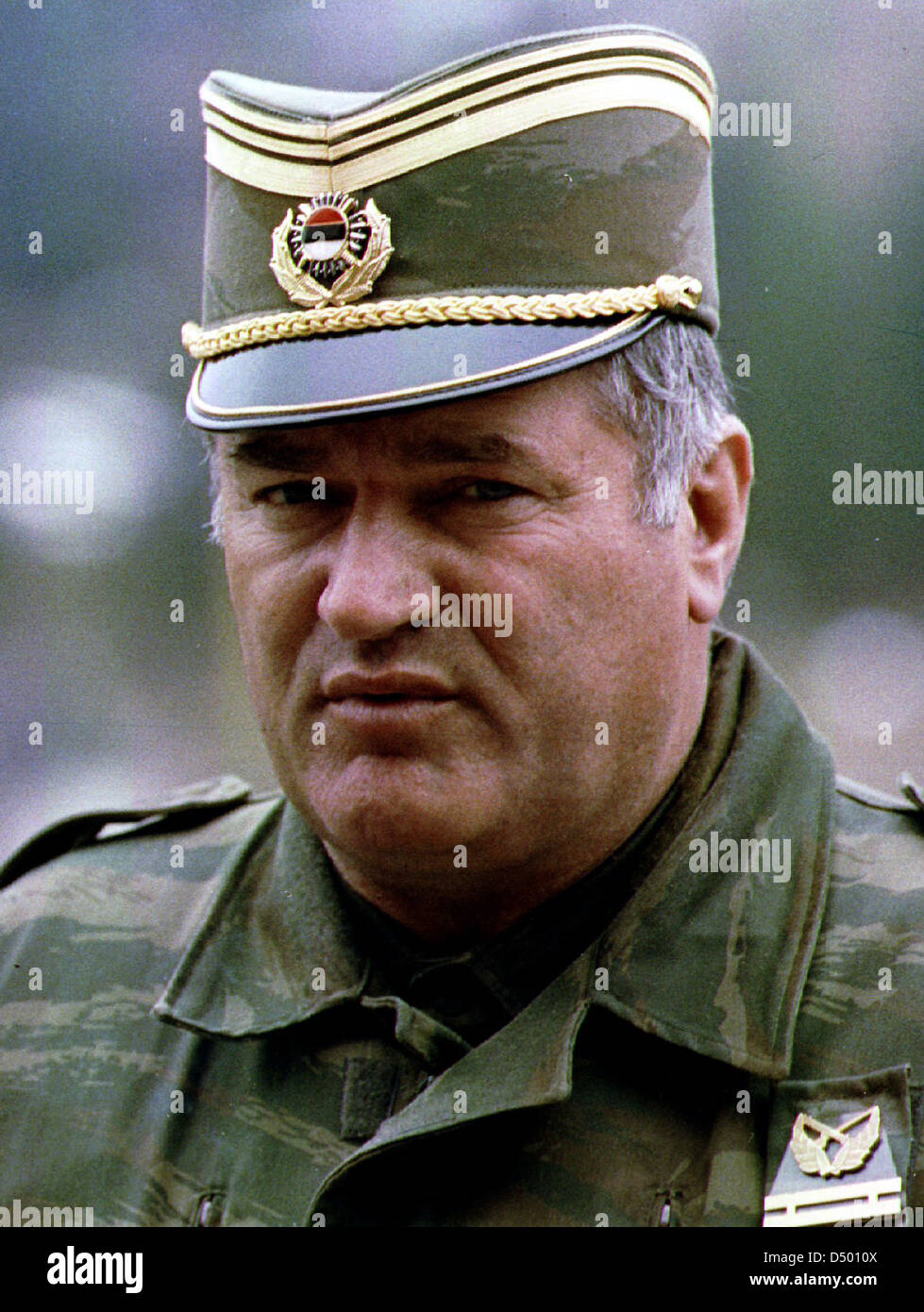General Ratko Mladic, commander of the Bosnian Serb army, prepares to meet Bosnian Serb political leaders in Pale, - Stock Image
