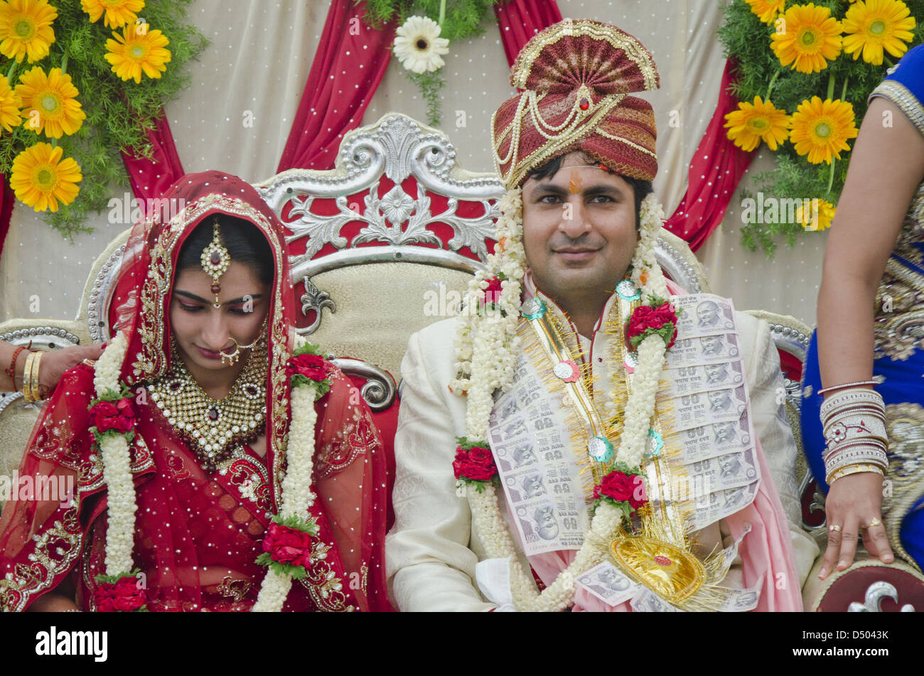 Punjabi Wedding Couple High Resolution Stock Photography And Images Alamy