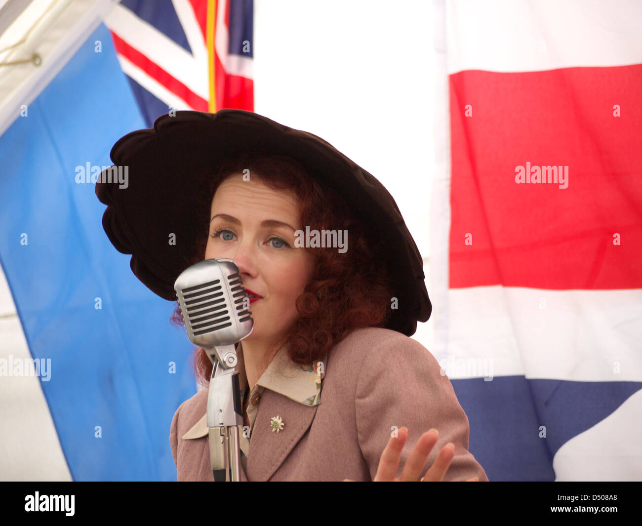 Miss Lola Lamour a 1940's reenactment entertainer at Northampton and Lamport railways 1940's weekend - Stock Image