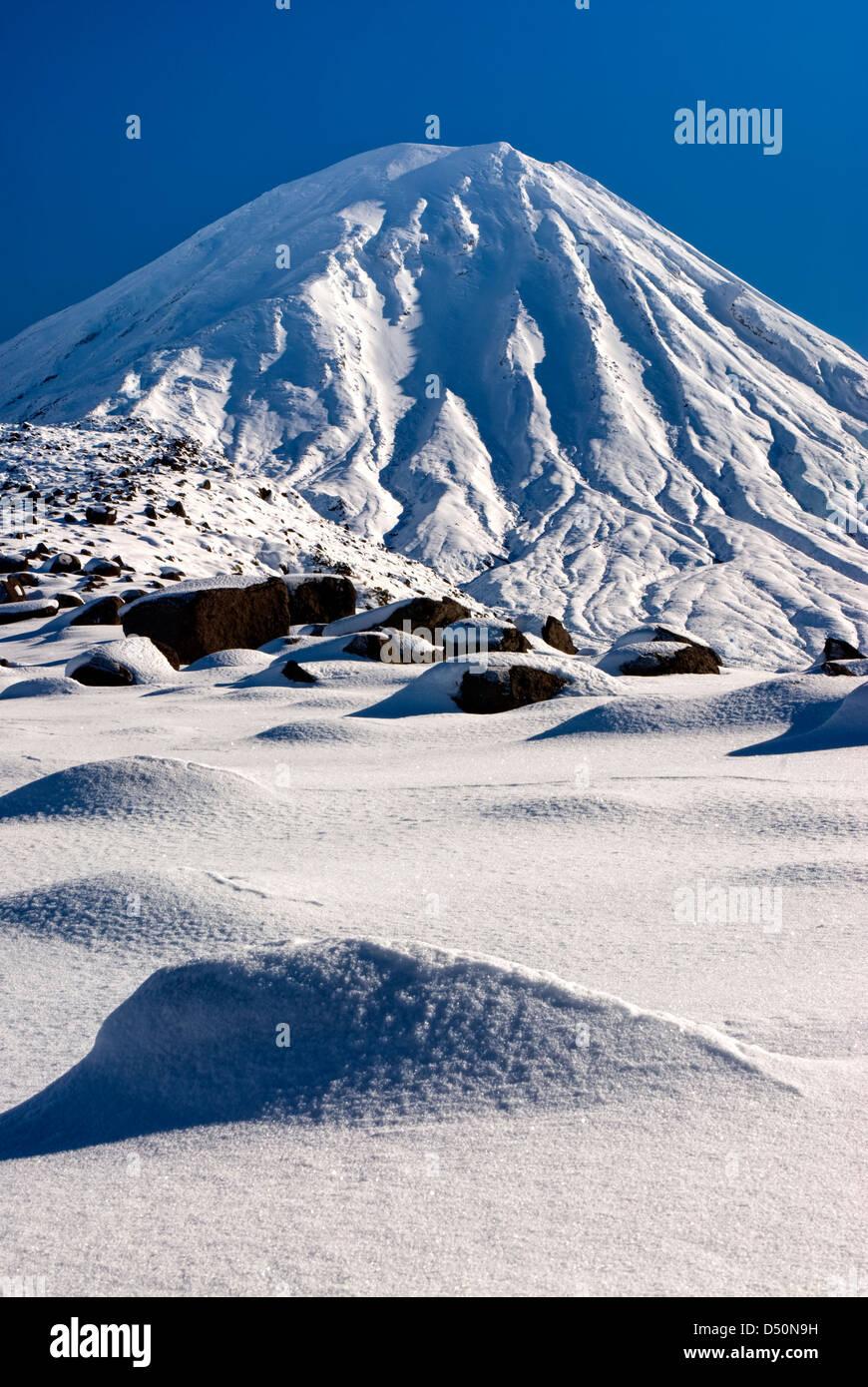 Mount Ngauruhoe, Tongariro National Park, Manawatu-Wanganui, New Zealand - Stock Image