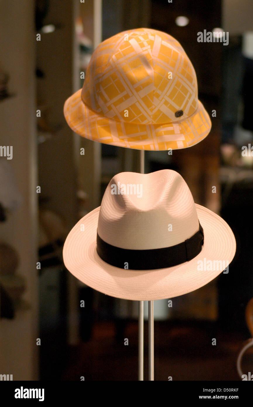 Italian fashion. Headgear. Showcase. Milan. Italy. - Stock Image
