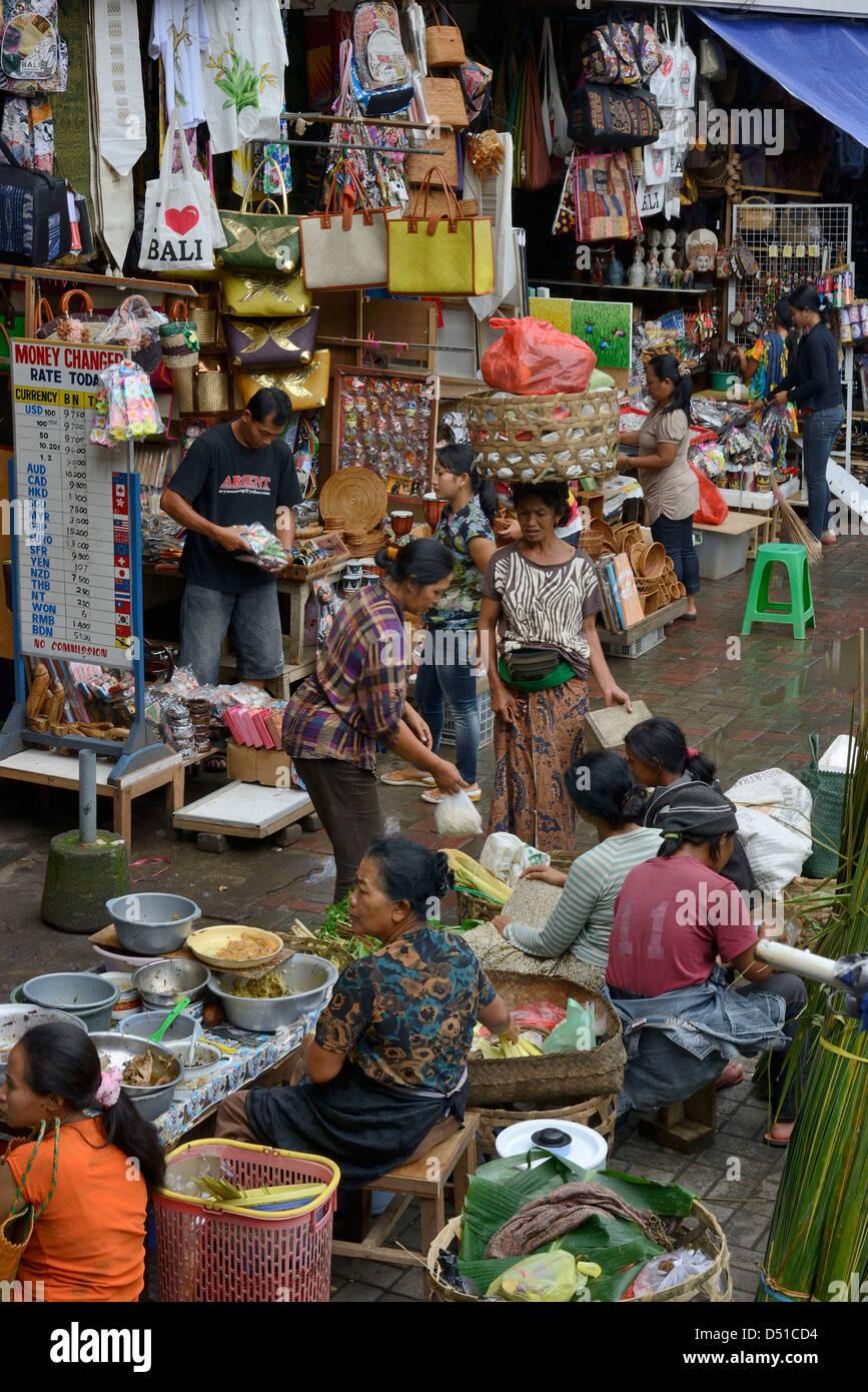 Indonesia, Bali, Ubud, ambiance at the market - Stock Image