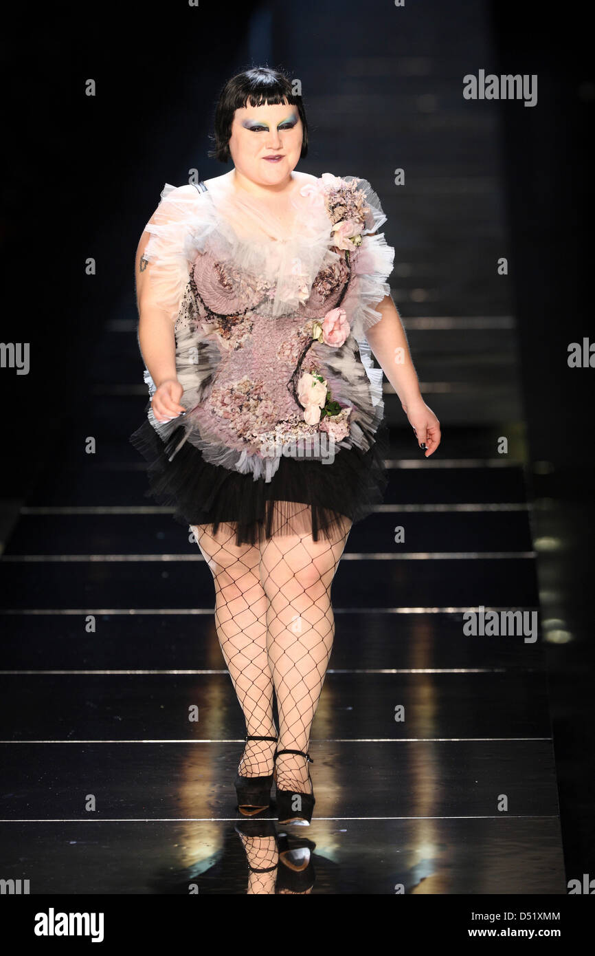 34fb5507c7f7a US-Singer Beth Ditto performs at the presentation of Jean Paul Gaultier  from the Spring