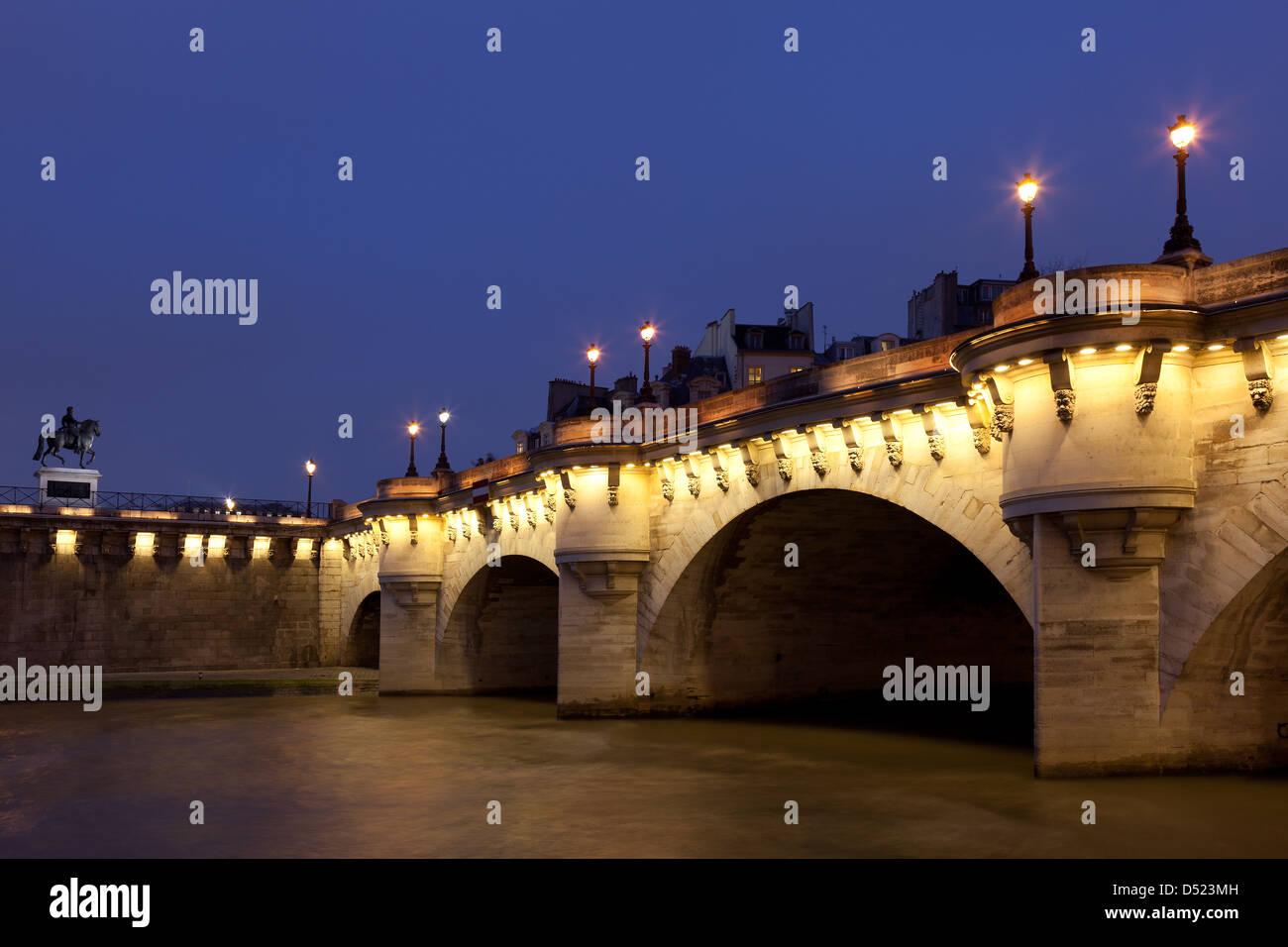 Pont Neuf, Paris, Ile de France, France - Stock Image