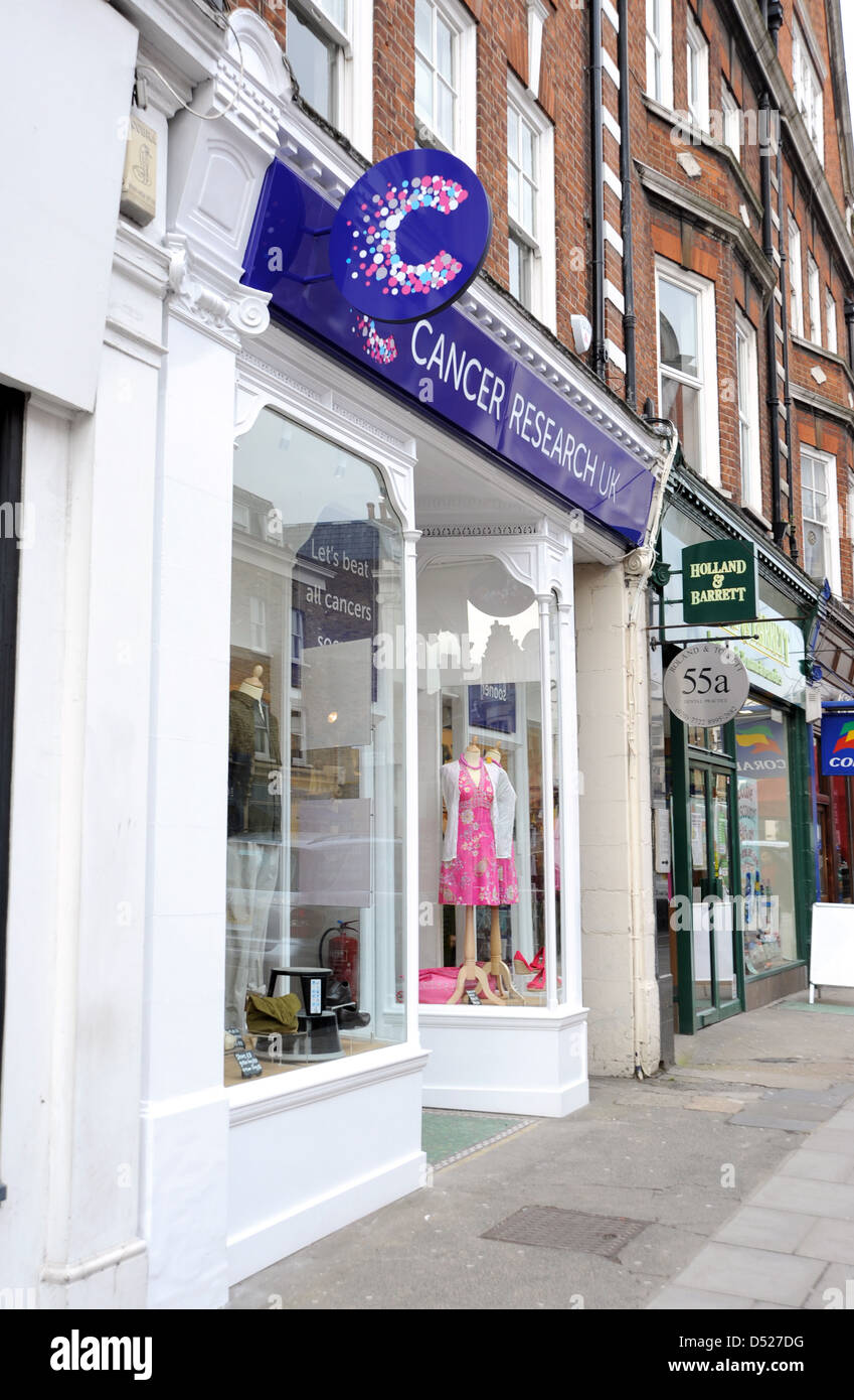 The Cancer Research Uk Charity Shop In St John S Wood High