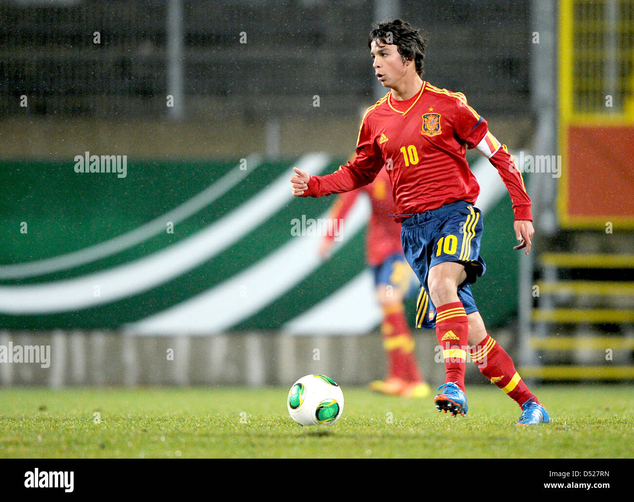 f8601bafa Spain s Oliver Torres in action during the U-19 international soccer match  between Germany and