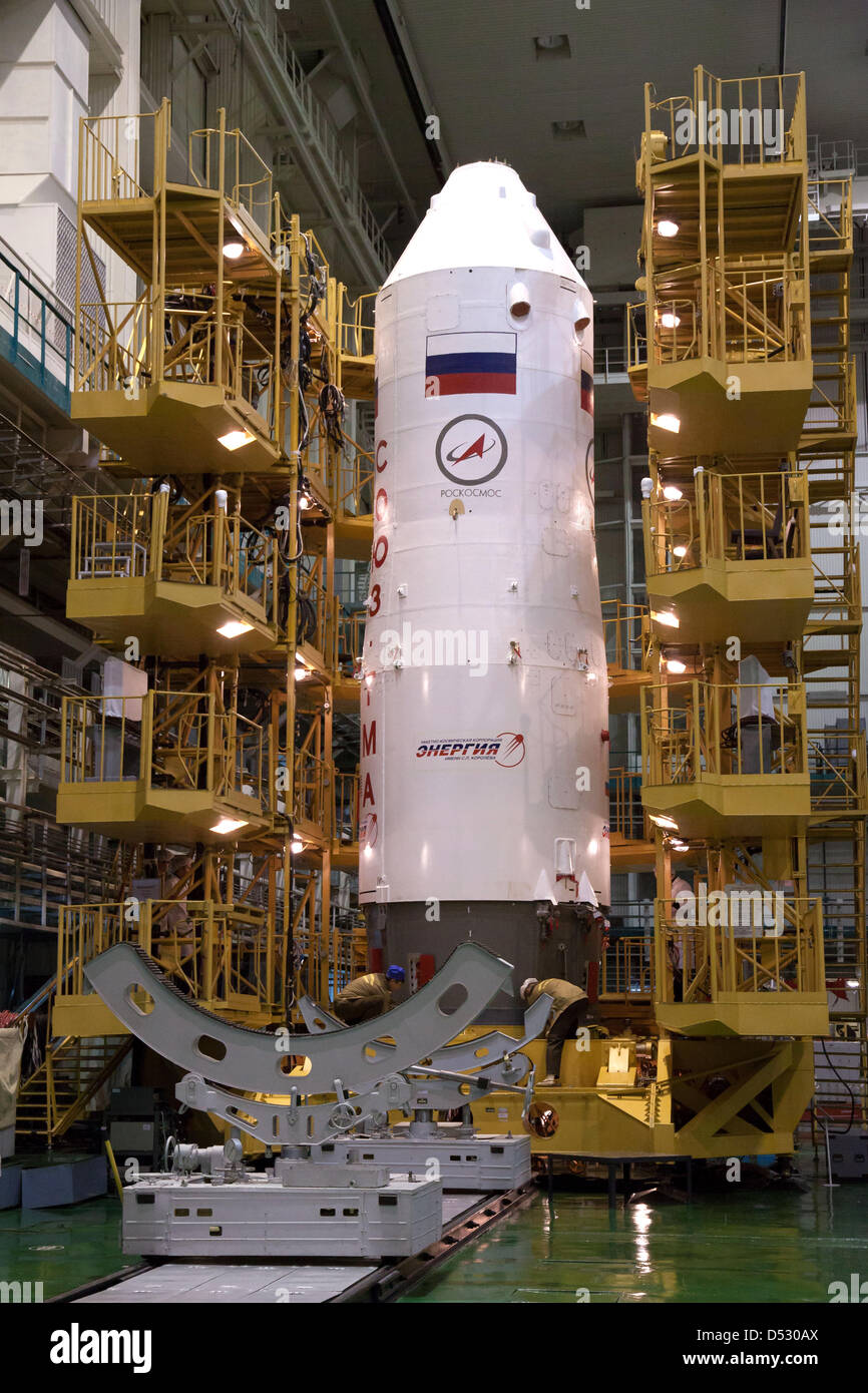 Baikonur Cosmodrome, Kazakhstan. 22nd March 2013. The Soyuz TMA-08M space capsule is enclosed into the upper stage - Stock Image