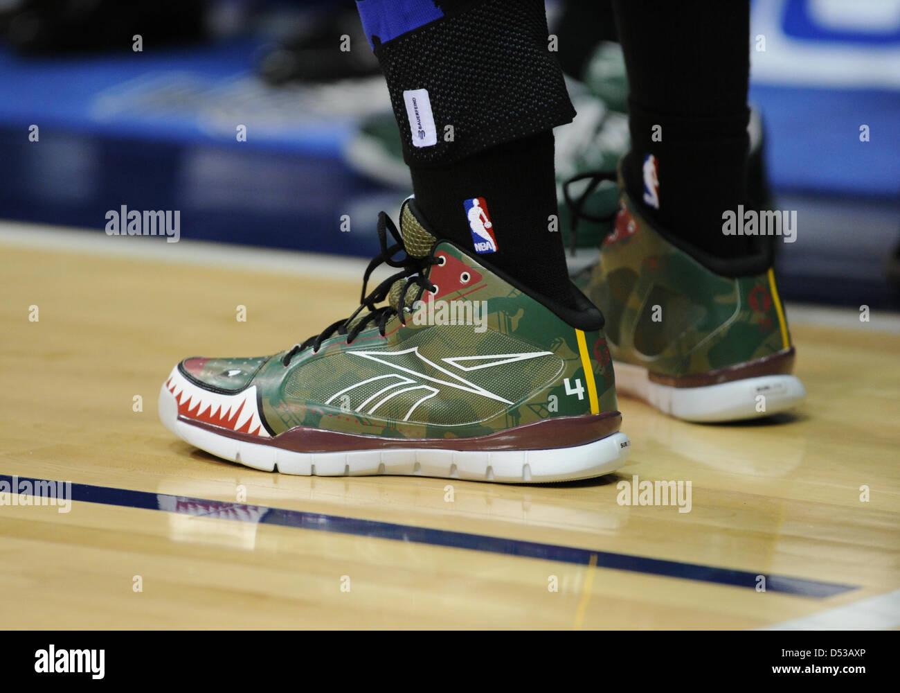 Boston Celtics Reebok Guard Shoes For Sale