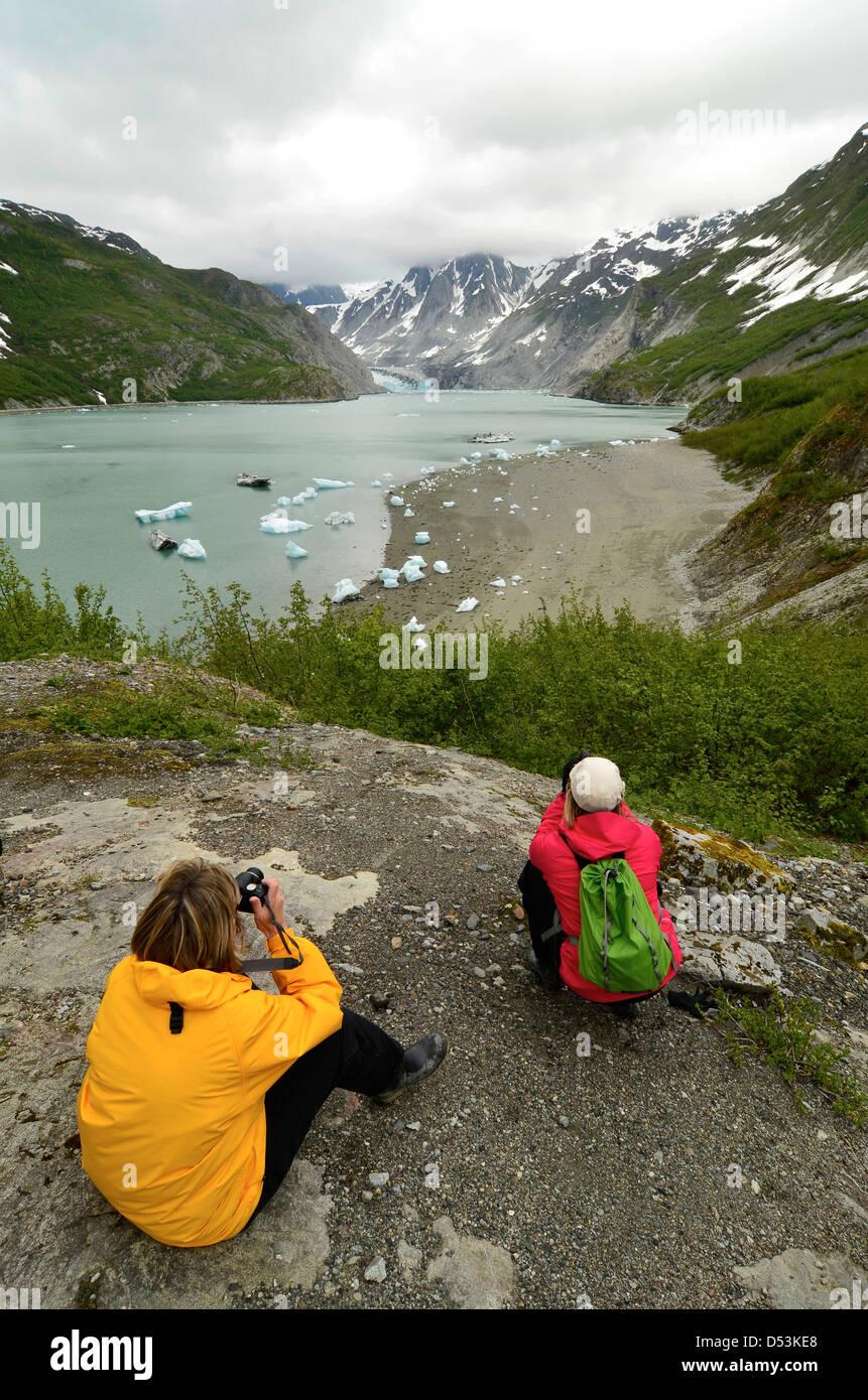 Photographing the McBride Glacier in Glacier Bay National Park, Alaska. - Stock Image
