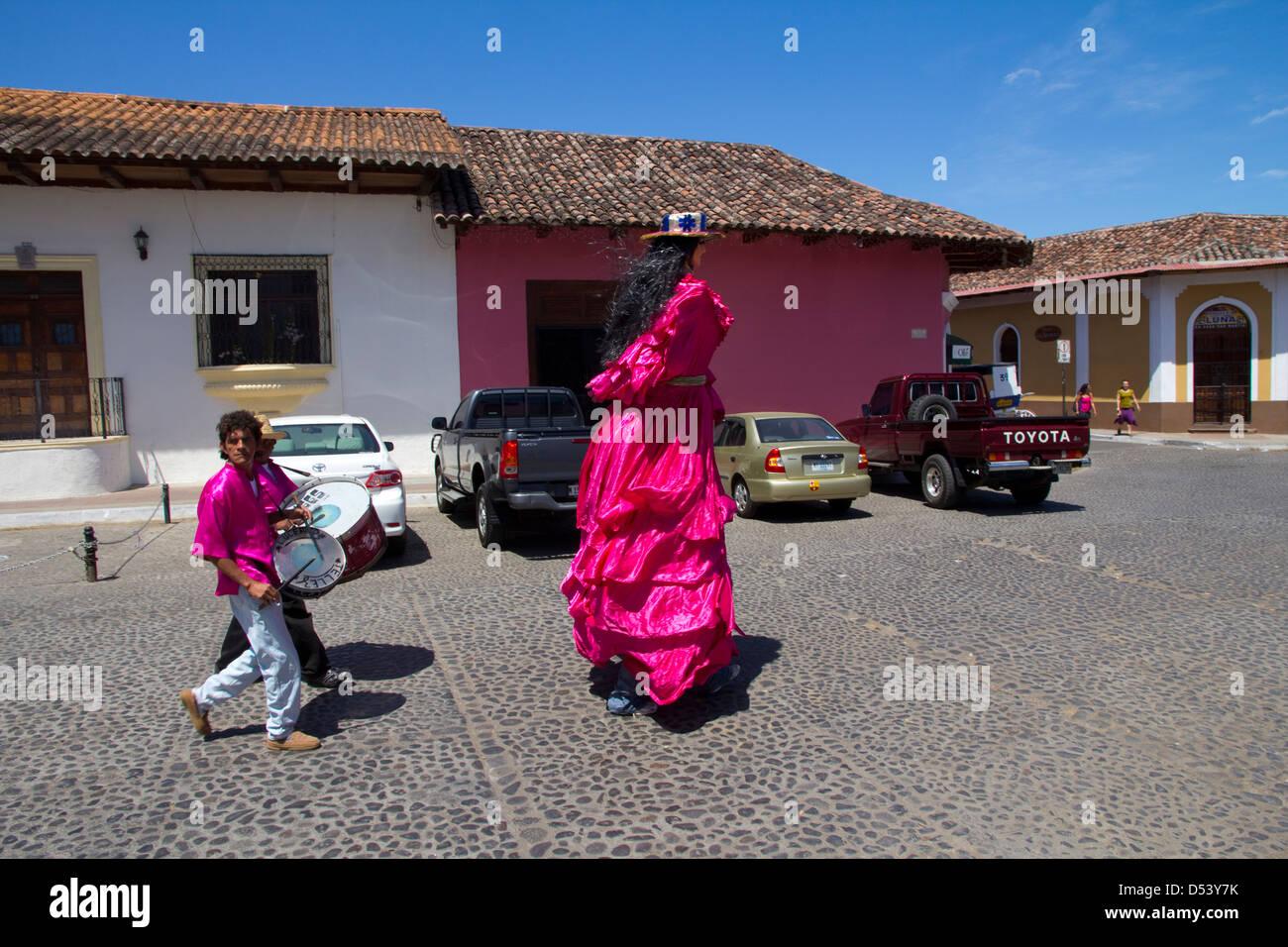 Costumed parade figure, Granada, Nicaragua. - Stock Image