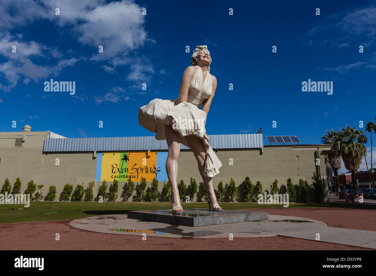 26 foot tall statue of marilyn monroe by seward johnson heir to the