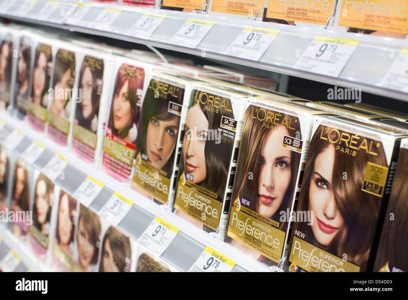 Loreal Products Stock Photos Loreal Products Stock Images Alamy