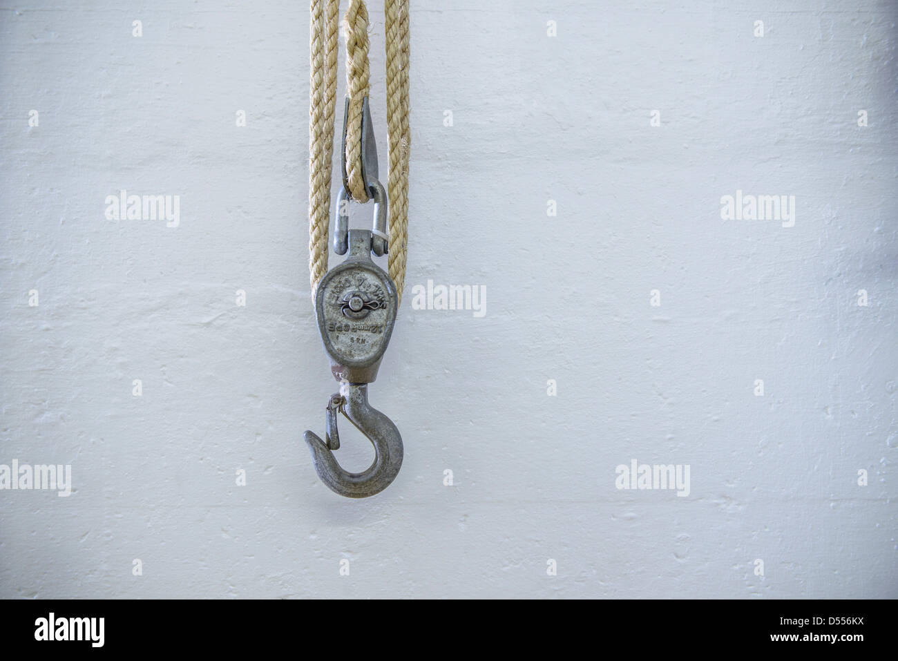 Close up of rope and hook - Stock Image