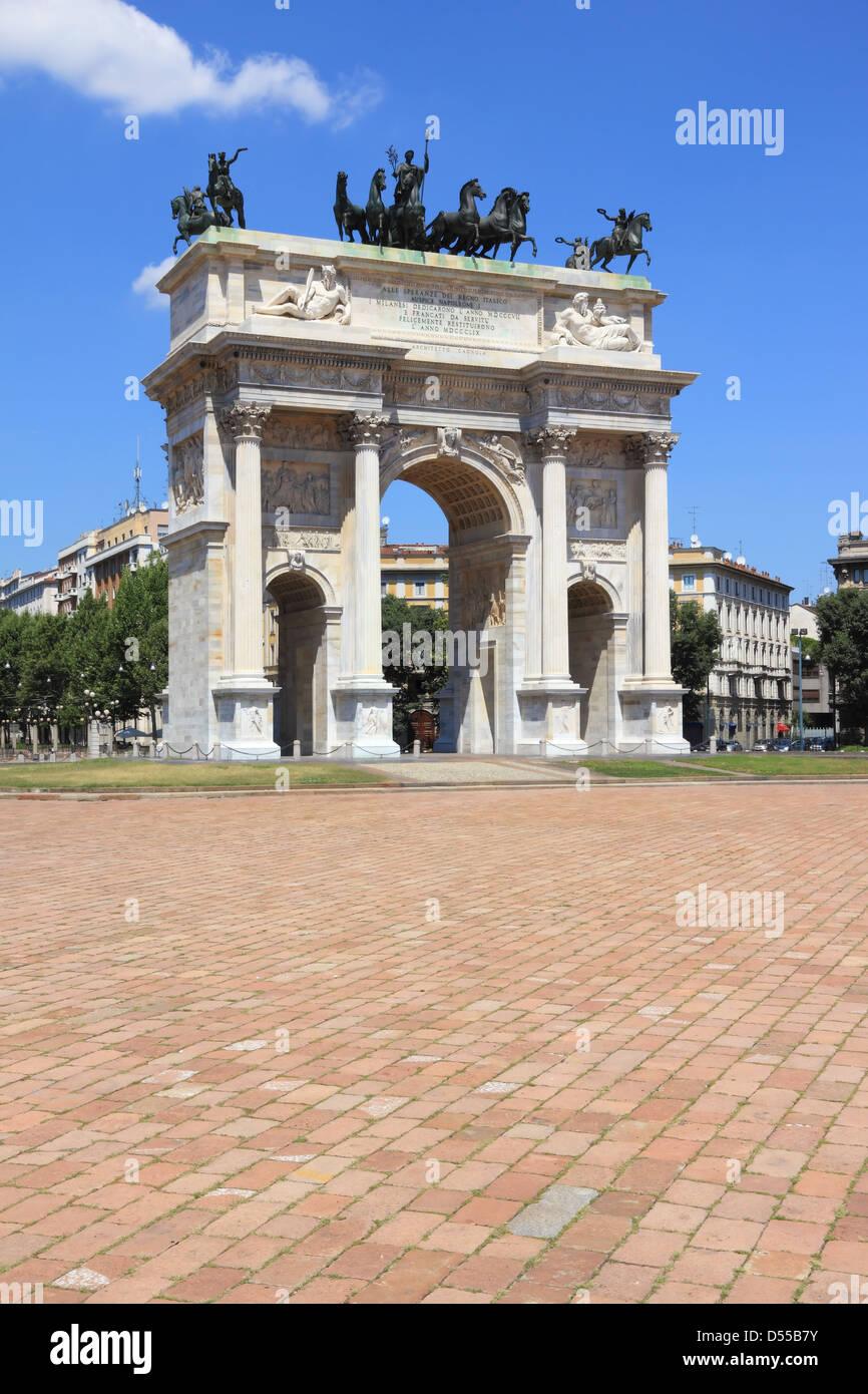Arco della pace near parco Sempione, Milan, Italy. - Stock Image