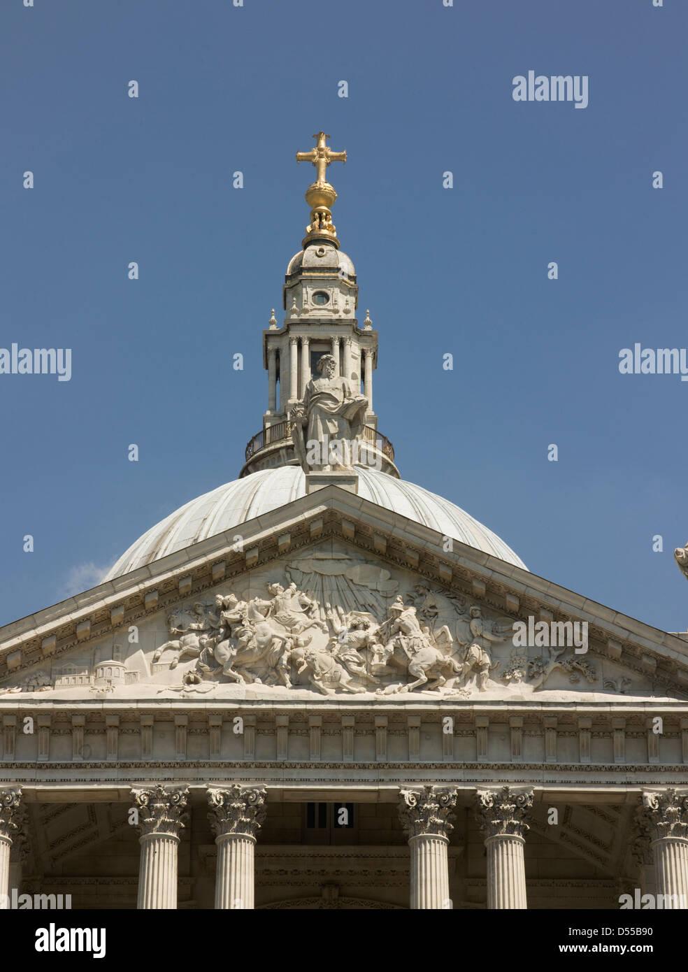 Saint Paul's Cathedral, London, pediment and lantern Stock Photo