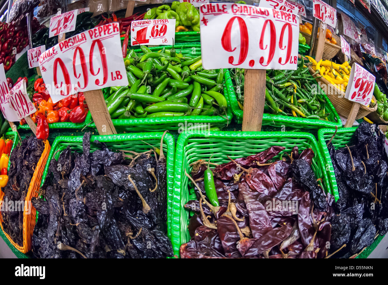groceries grocery chile chili stock photos groceries grocery chile