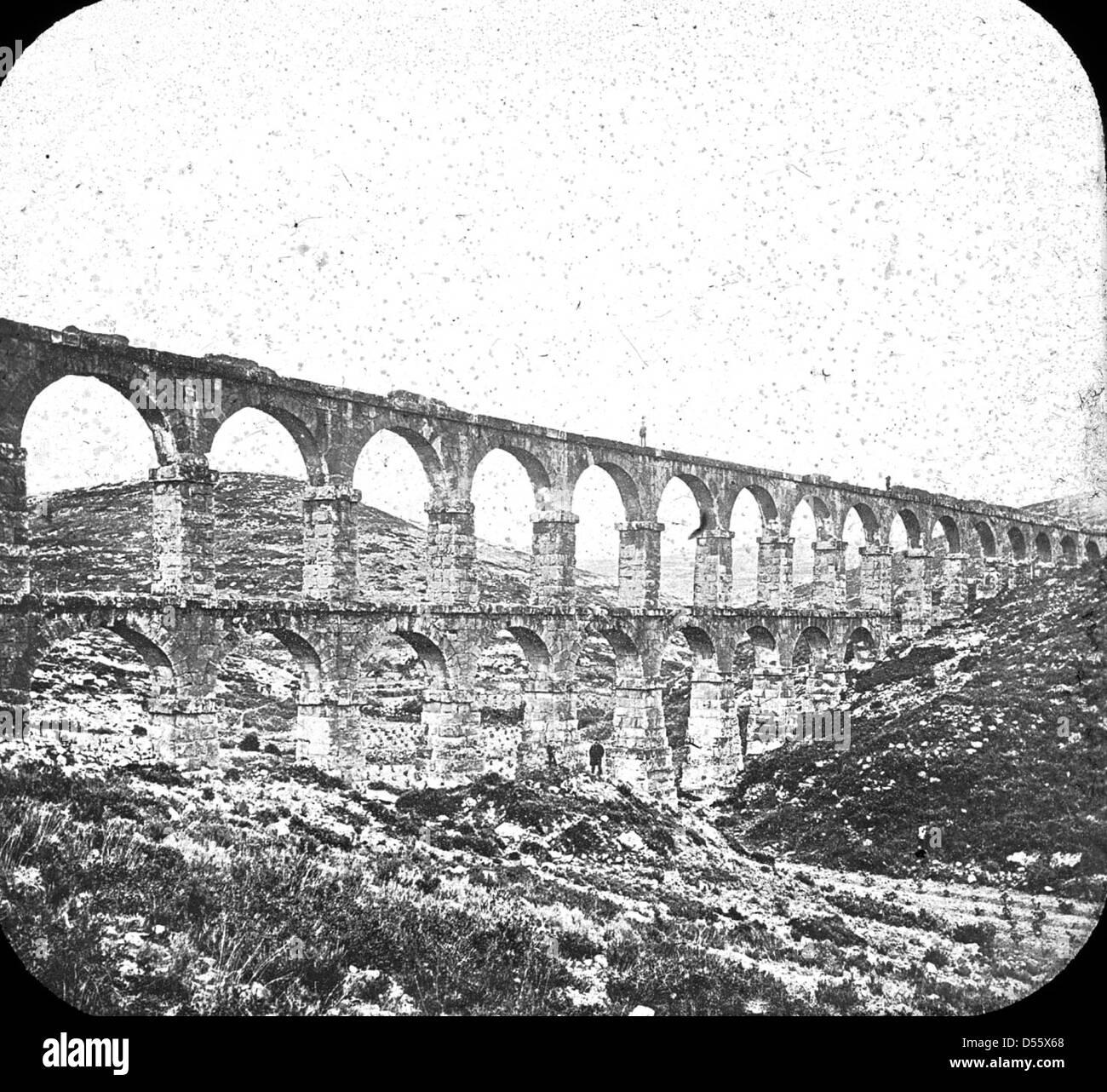 Spain, Tarragonia, Catalonia; Roman aqueduct. - Stock Image