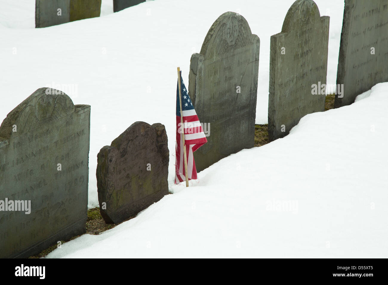 The headstones Granary Burying Ground in Boston mark the final resting place of many of America's founding fathers. - Stock Image