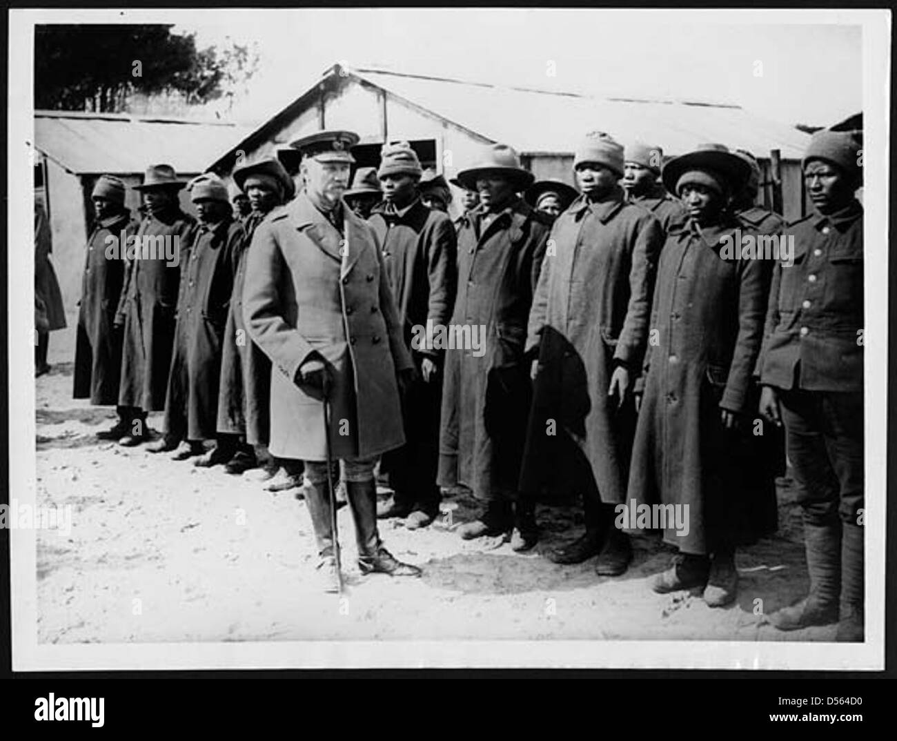 General Smuts inspecting a South African native labour unit in France - Stock Image