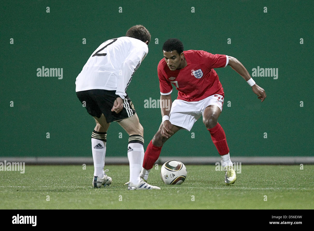 Germany's Sebastian Jung (L)and England's Scott Sinclair (R)vie for the ball during Under21 - Stock Image